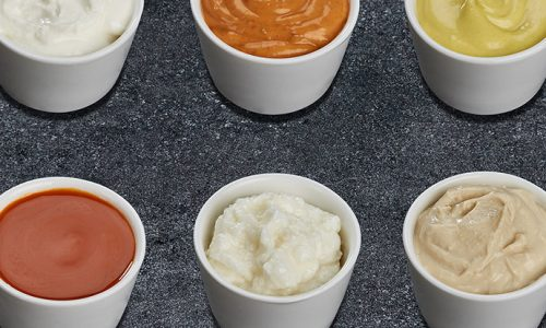 9 Must-Try Dipping Sauces For Your Pizza